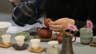 A Zisha (purple clay) teapot exhibition was held in Wan Chai to celebrate the 20th anniversary of Hong Kong's return to motherland on Nov 22, 2017.