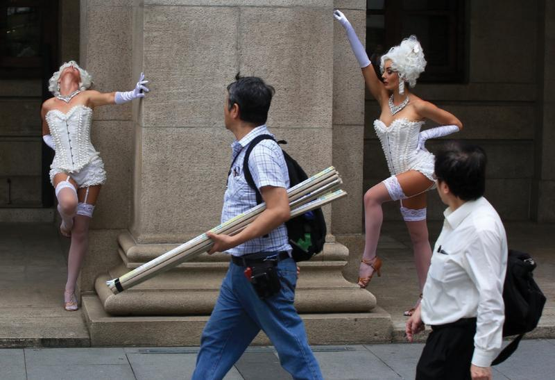 hk24hr: Provocative poses | Photo | China Daily