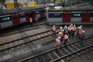 A passenger-laden MTR train on the East Rail Line derailed near Hung Hom station Tuesday morning, in the first incident of its kind in Hong Kong.