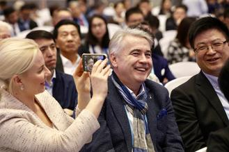 The 6th World Internet Conference highlighted top scientific and technological projects in the internet sector, covering 5G, AI other internet-related fields.