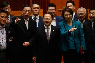 ​Wang Zhimin attended a luncheon hosted by LegCo President Andrew Leung in Hong Kong.