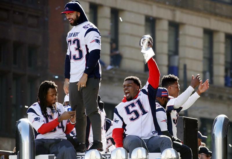 info for f1b40 da843 Thousands cheer as Patriots parade to celebrate Super Bowl ...