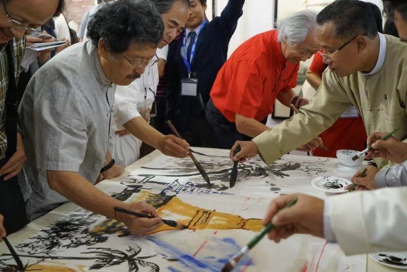 Myanmar: Through the Dragon's brush | Photo | China Daily
