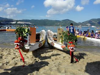 About 100 teams took part in the annual Stanley Dragon Boat Warm Up Races on Saturday at the Stanley Main Beach.